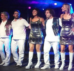 Pop-rock COLOR OF ABBA PLAYS ABBA VERVIERS